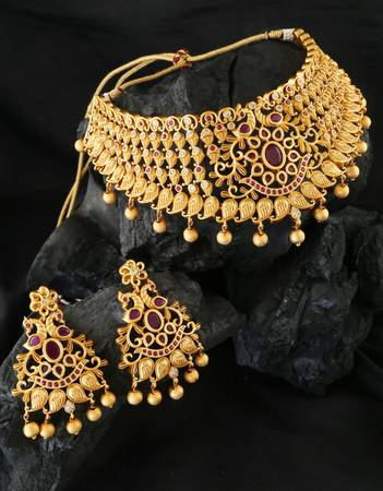 Get Artificial Jewellery Designs for Women at Best Price