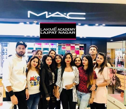 Lakme combo beauty kit | Posot Class