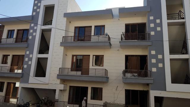2 Bhk Flat in 130 Gajj In Sunny Enclave Kharar