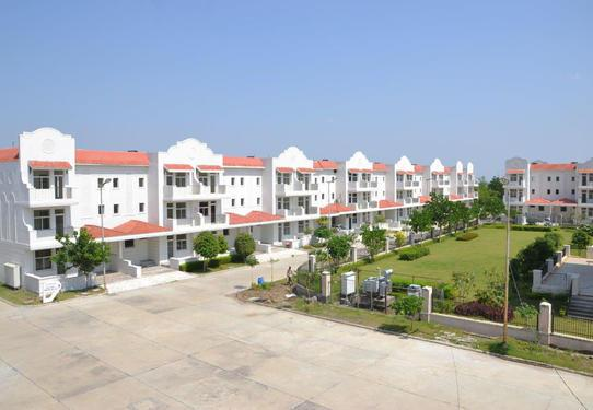 4 BHK Builder Floor Available for Rent in Sector 83 Gurgaon
