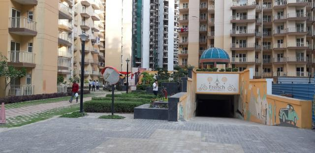 French Apartments luxury homes 2 bhk Call us 9711175175