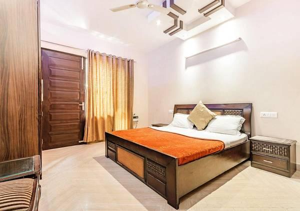 Ground Floor Rent 4 Bhk Palam Vihar Gurgaon