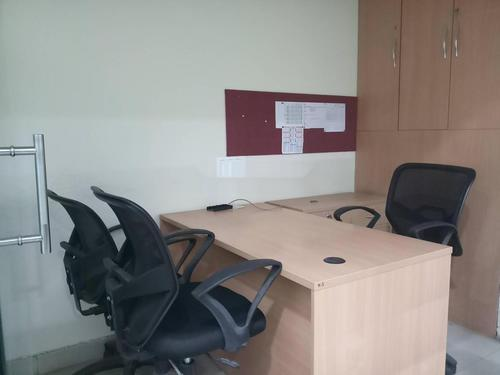 2121 sqft Furnished office space for rent at Chinar Park