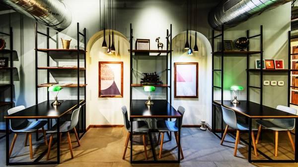 Ground Floor Commercial Space Rent Hauz Khas South Delhi