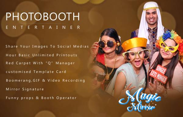 Photo Booth Entertainer | Magic Mirror Booth | Event