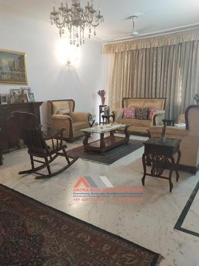 For Sale 3 BHK Builder Floor 402 Sqyd in DLF Phase 2 Gurgaon
