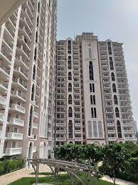 READYTOMOVE HOMES DLF Skycourt luxury apartments