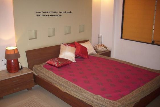 1 BHK Fully Furnished available on Rent- SHAH CONSULTANTS