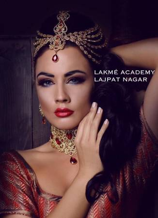 Top 25 Beauty therapy Courses in Delhi | Lakme academy