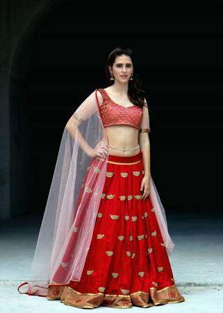 Bridal Wear Lehengas Online | Buy Designer Indian Bridal