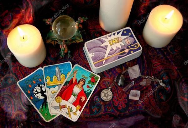 Best Tarot Card Reader in Dubai - Tarot Inseeya