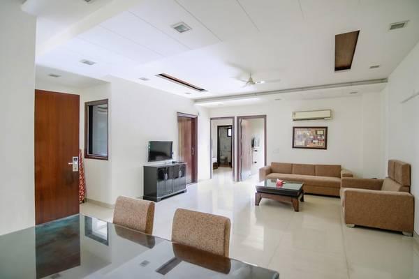 4 Bhk Builder Floor Rent Defence Colony South Delhi