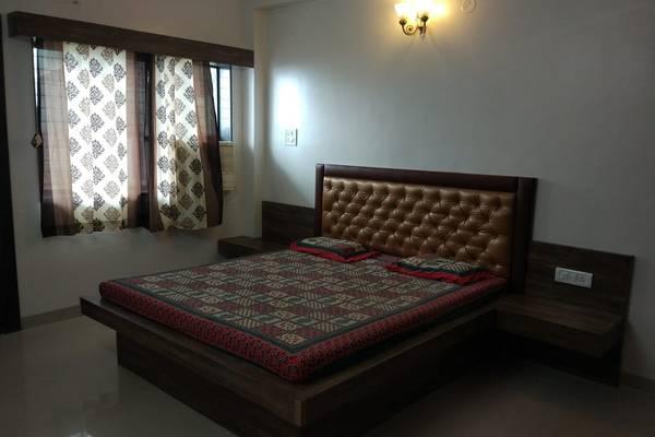Furnished Builder Floor 3Bhk Rent DLF Phase 4 Gurgaon