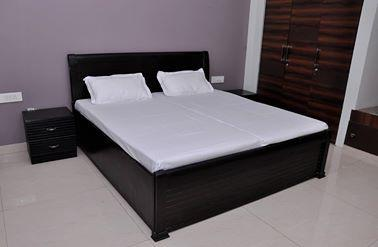 Furnished Rooms in Sector 14 Gurgaon 9899323880