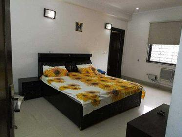 Furnished Rooms in Sector 14 Gurgaon Near Kendriye Vidyalaya