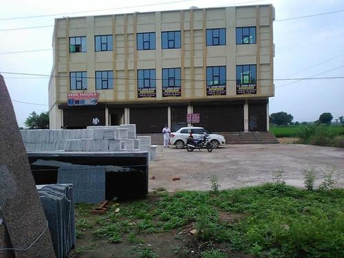FOR ANY CHAIN OF HOSPITAL ON RENT GS LUBANA MARKET BEGOWAL