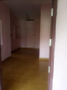 2 BHK house on First Floor with car parking