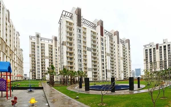 Emaar Gurgaon Greens – Ready to move-in 4BHK+SQ in Sector