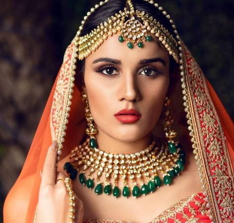 Best Bridal shop in Delhi, Bridal jewellery shop Book now.