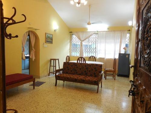 2 Bhk 80sqmt flat furnished for Rent in Miramar NorthGoa16k
