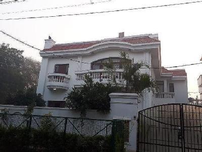 1bhk Near to Mata road in Sector 5 Gurgaon 9971536944