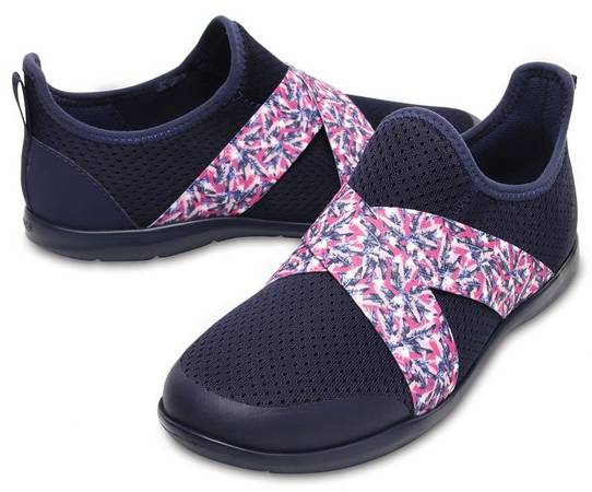 Crocs Trendy And Casual Shoes For Women Online
