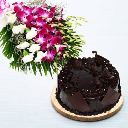Get 10% OFF On Online Cake and Flowers Delivery in Delhi