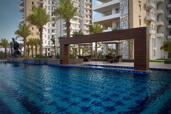 Puri Emerald Bay – Ready to move-in 3BHK+Servant at Dwarka