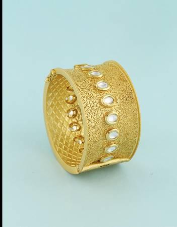 Traditional Ladies Kangan Design, Kada Designs Online by