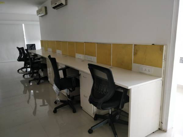 retail space in bangalore is for rent @ white field