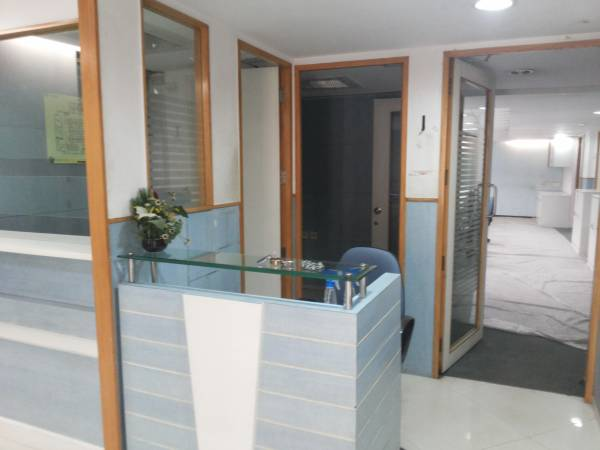 furnished office space in excellent location @ Infantry road