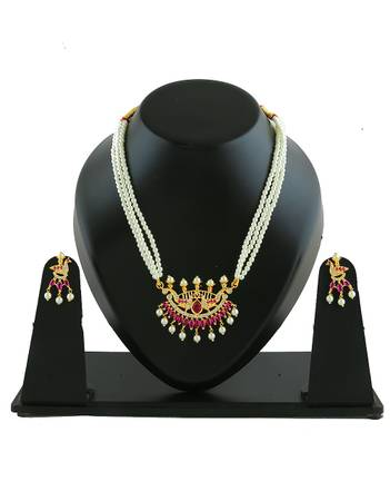 Buy appealing Moti Necklace set by Anuradha Art Jewellery