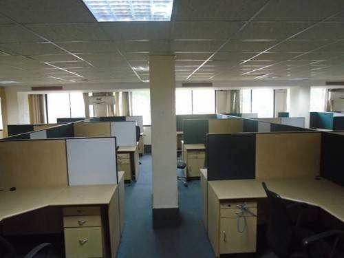 Furnished office space for rent Near to Mall**
