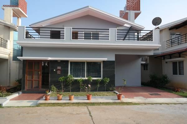3 bhk villa in Eagleton golf village for Rent