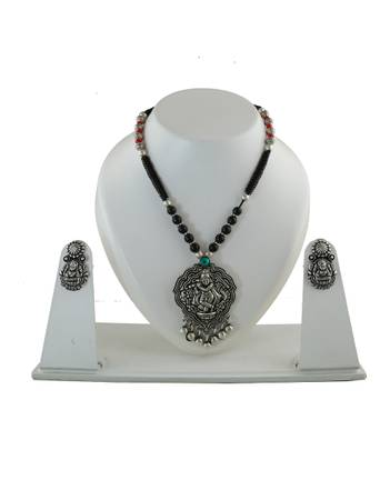 Buy oxidized jewellery and black metal jewellery at lowest