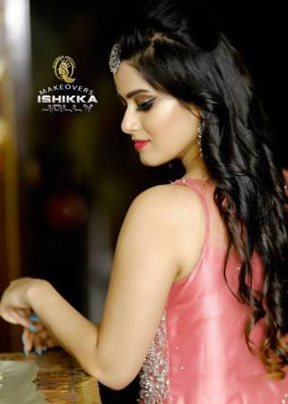 Bridal Makeup Artist in Delhi