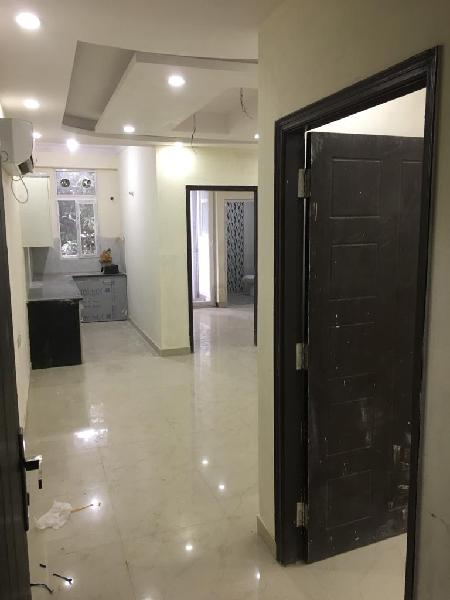 DLF Phase 4 Galleria Market 2 nd 3 BHK apatment for sale