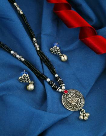 Buy oxidised jewellery and black metal jewellery at best