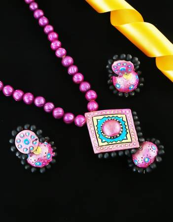 Buy Exclusive Collection of Terracotta Jewellery at Lowest