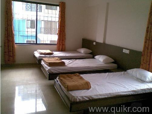 Fully Furnished Rooms Near Sector 18 area Gurgaon 9899323880