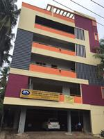 Commercial Space 800 Sft on main road for rent