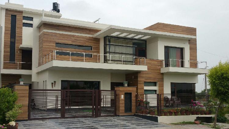 3bhk floors for Sale and Rent in Sector 4 Gurgaon 9899323880