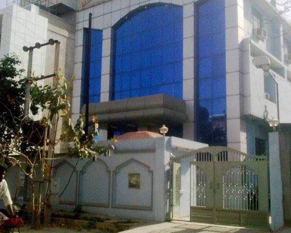 372 sqMtr factory for sale B Block sector 6 Noida 9911599901