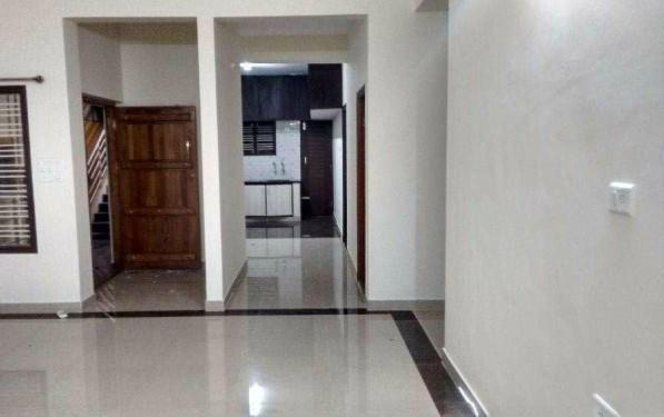 JP Nagar in Good location 2 BHK Spacious Apartment Rent