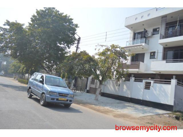 1BHK for rent at Iffco chowk Gurgaon 9899323880