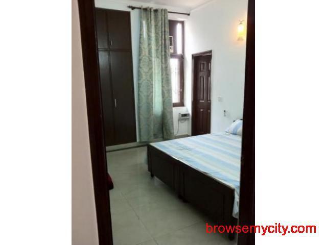 1RK Flat on Rent near NH8 Highway Gurgaon 9899323880