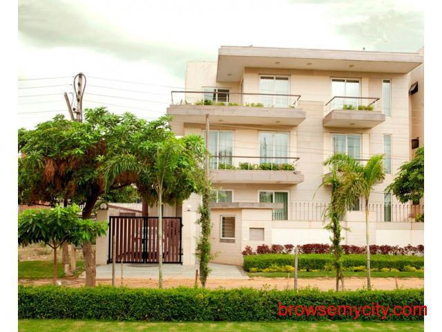 2bhk house near by Crowne Plaza Gurgaon 9899401469