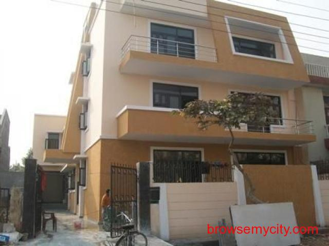 2bhk in sector 10A Gurgaon Close to GreenWood School