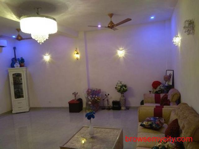 Second Floor 4 BHK Builder Floor Sale In Vasant Vihar