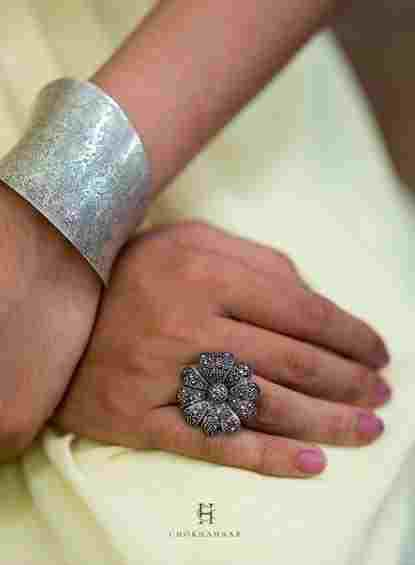 Shop elegant marcasite rings online at Chokha Haar